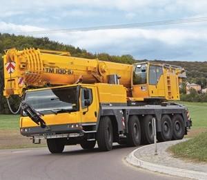 liebherr-ltm-1130-5-1-driving-position-roundabout